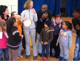 Maputo Principal, Sarah Clarke, teaches children in Cape Town - Mozambique